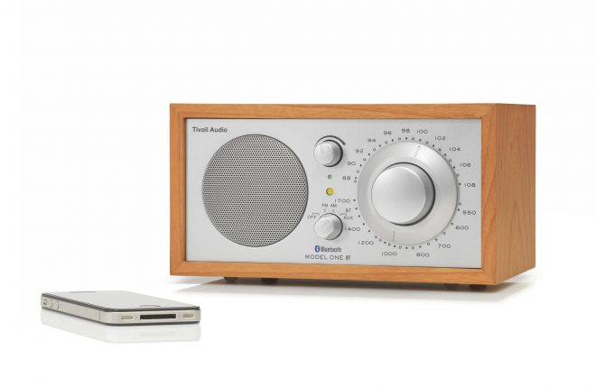 Tivoli Audio Model One BT radio met Bluetooth aansluiting
