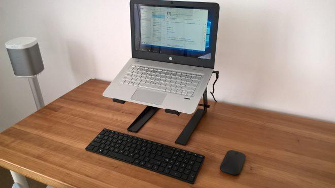 Ergonomisch werken met een goedkope laptopstandaard